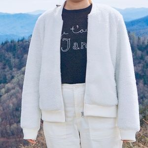 Levis fluffy bomber jacket white
